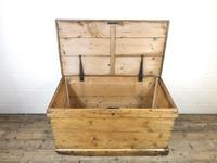 Large Victorian Antique Pine Trunk (6 of 14)