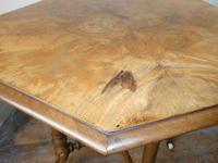 English 19thc Walnut Table. (5 of 7)