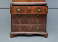 Early 18th Century Walnut Secretaire Writing Cabinet (17 of 31)