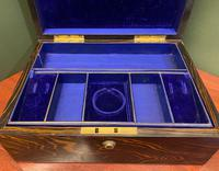 Good Quality Fully-fitted Coromandel-wood Jewellery Box (6 of 6)
