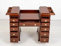 Georgian style mahogany pedestal sideboard (2 of 8)