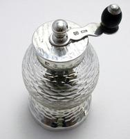 Rare Hukin Heath / Christopher Dresser 1893 Victorian Solid Sterling Silver Glass Antique Pepper Mill / Shaker / Grinder Arts & Crafts Aesthetic (7 of 11)