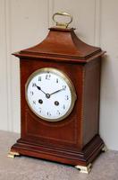 Mahogany Pagoda Style Mantel Clock (3 of 12)