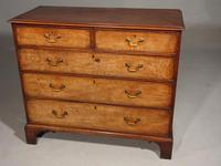 Good & Large George III Period Mahogany Chest of Drawers (2 of 5)