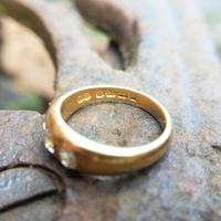 Victorian 18ct Gold Three Diamond Gypsy Ring, Antique Trilogy Ring (3 of 7)