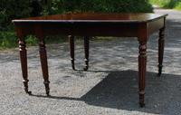 1830s Mahogany Pull-out Table with Two Leaves on Turned Legs with Castors (4 of 7)
