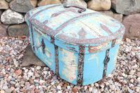 Scandinavian / Swedish 'Folk Art' Travel chest in blue paint and ironwork, 18th Century (14 of 37)