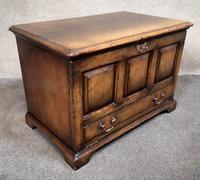 Titchmarsh & Goodwin Oak Miniature Fall-Front Dower Chest RL21422 (2 of 11)