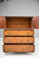Waring & Gillows Walnut Linen Cupboard (11 of 13)