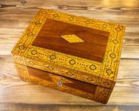 Figured Walnut Tunbridge Ware Box c.1880 (7 of 11)