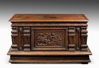 Mid-18th Century Finely Carved Oak Kist or Coffer (2 of 7)