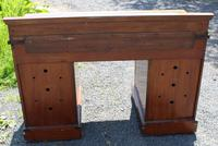 1900s Large Mahogany Desk with Green Leather on Top - 1 Piece (4 of 4)