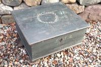 Scandinavian / Swedish 'Folk Art' original paint green/blue large table/alms/bible box raised on feet 1852 (7 of 36)