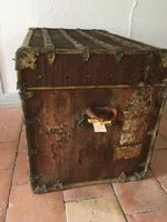 """19th Century French """"Louvre Paris"""" Vellum, Leather & Rattan Tarvelling Trunk with Tray 'like Louis Vuitton' (9 of 10)"""