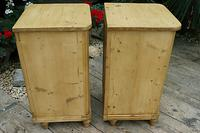 Exceptional Quality Pair of Old Stripped Pine Bedside Cabinets (8 of 9)