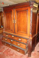 1800's Dutch Mahogany Bombee Base Linen Press (5 of 6)