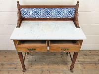 Antique Washstand with Tiled Back (3 of 10)