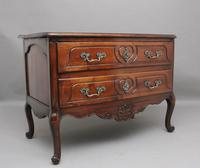 Early 19th Century French walnut commode (2 of 8)