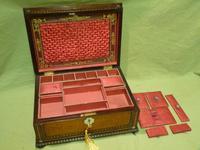 QUALITY Inlaid Rosewood & Amboyna Jewellery – Work Box. c1840 (5 of 16)
