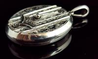 Antique Victorian Silver Buckle Locket, Large, Engraved (3 of 14)