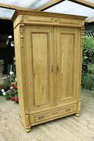 Fabulous Old Pine Cupboard / Double Wardrobe - Option of Shelves (2 of 11)