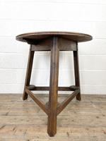Traditional Style Oak Cricket Table (4 of 10)