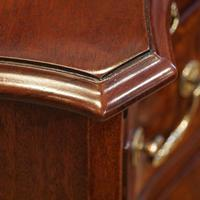Edwardian Small Serpentine Chest (7 of 10)