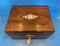 Victorian Walnut Jewellery Box c.1860 (6 of 14)