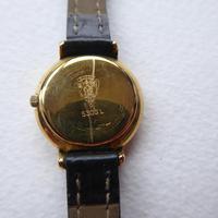 Ladies Gucci 5300L Watch (3 of 11)