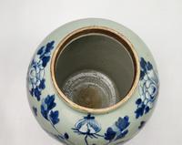 Large 19th Century Chinese Vase (3 of 9)
