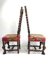 Fine Set of Four Late 17th - Early 18th Century Walnut Chairs (6 of 14)