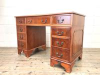 Reproduction Yew Wood Kneehole Desk (10 of 12)