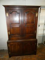 18th Century English Oak Cupboard (10 of 10)