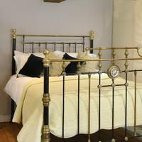 Highly Decorative Cast Iron Antique Bed in Black (2 of 9)