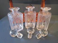 Antique Polished Oak & Ebony Three Bottle Tantalus (5 of 11)
