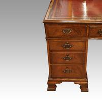 Walnut Pedestal Desk by Waring and Gillow (6 of 18)