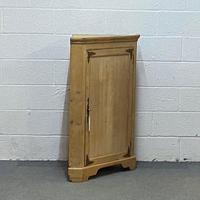 Victorian Pine Corner Cupboard (3 of 4)