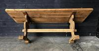 Trestle End Oak Farmhouse Dining Table (9 of 18)