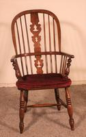 Near Pair of English Windsor Armchairs - 19th Century (6 of 11)