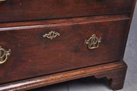 Small 18th Century Mahogany Chest of Drawers (6 of 13)