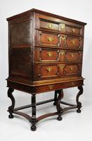 Late 17th Century Oak Chest on Stand (3 of 15)