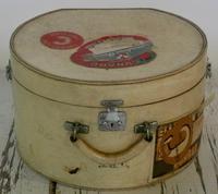 Set of Vintage Luggage (2 of 12)