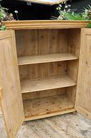 Gorgeous Old Pine 2 Door Cupboard with Shelves - Linen/ Larder/ Storage/ Food/ Wardrobe (8 of 10)