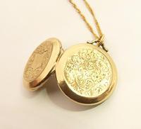 Edwardian Engraved 9ct Yellow Gold Locket Pendant (3 of 10)