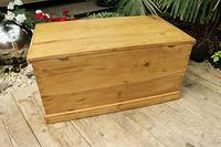 Lovely Restored Pine Blanket Box / Chest / Trunk / Coffee Table (8 of 8)