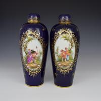 Pair of Large Dresden Porcelain Vases & Covers c.1880 (2 of 12)