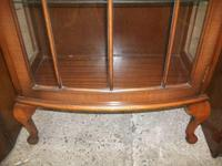 Mahogany Display Cabinet on Queen Anne Legs (3 of 3)