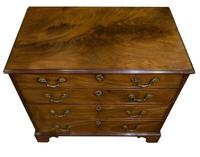 George III Mahogany Chest of Drawers (3 of 10)