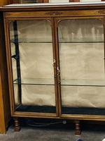 Shop Display Cabinet (21 of 21)