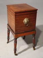 A Late George III Period Cellarette Box (3 of 5)